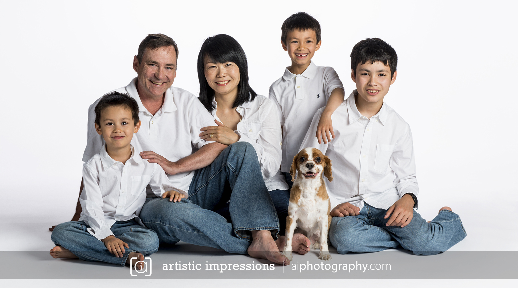 Winnipeg photographer of family and children portrait by artistic impressions photography